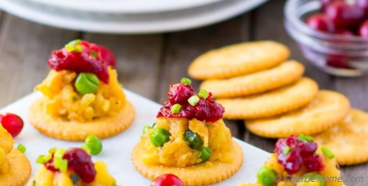 RITZ Crackers Samosa Bites